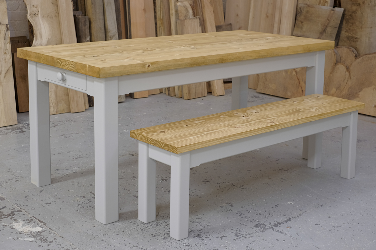 Linglie table and bench