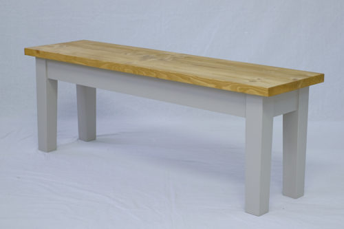 Mossilee Bench