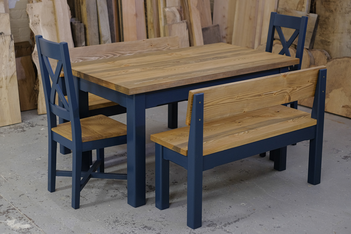 Linglie table and benches