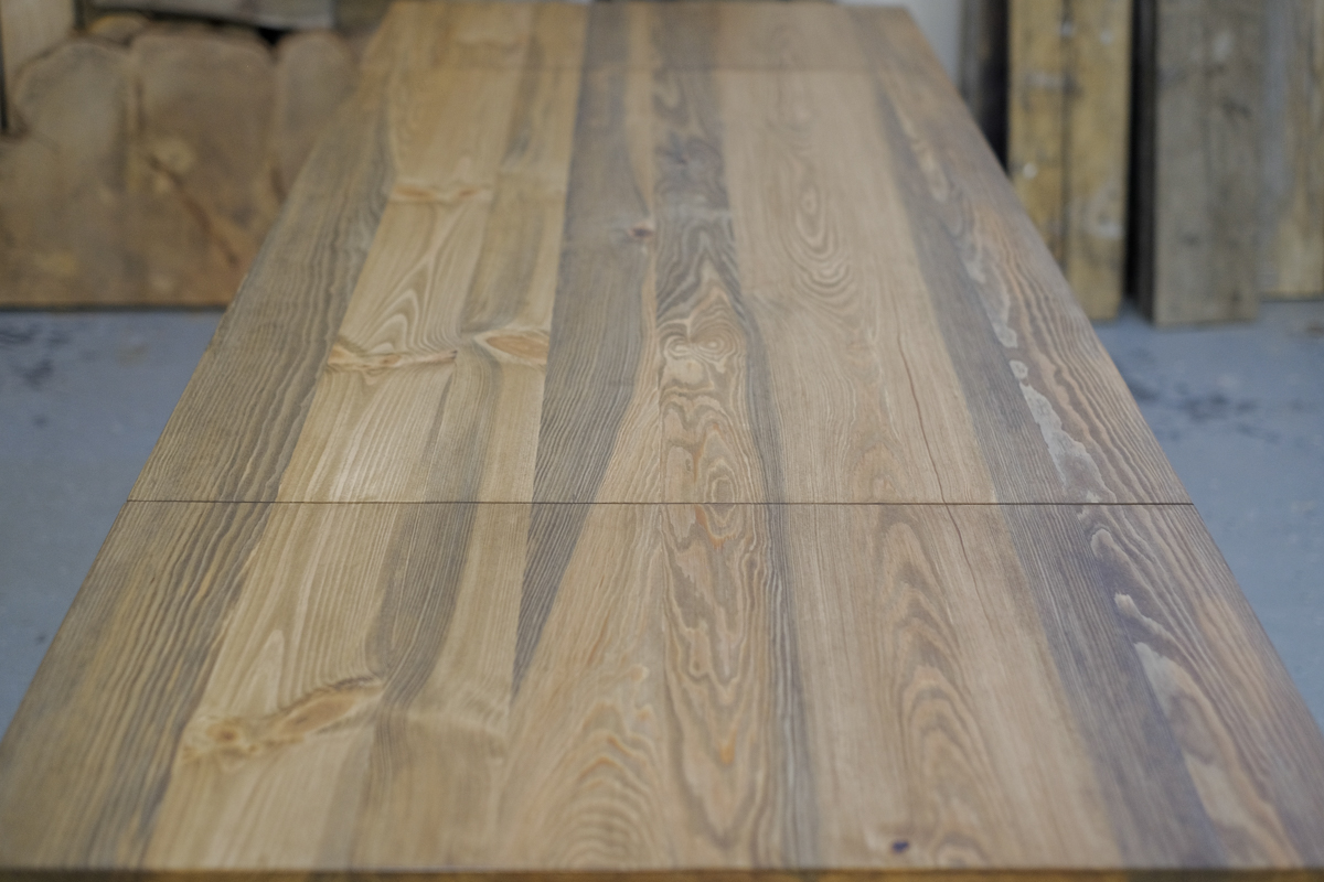 Extending table top